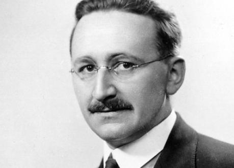 El bueno de Hayek.